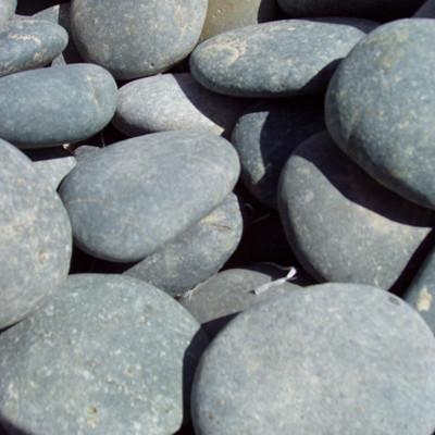 Black Mexican Beach Pebbles - Click for more info and photos